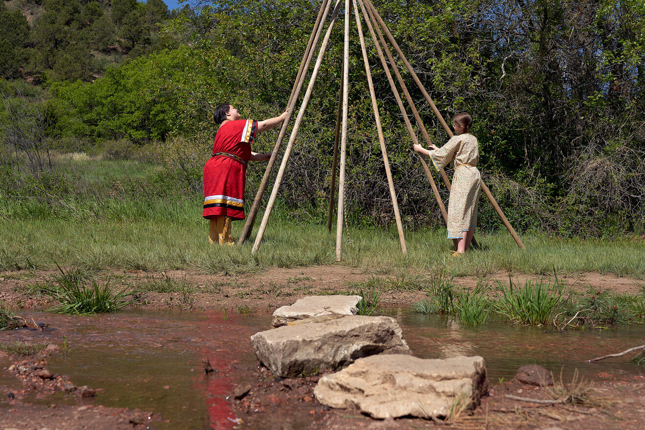Indians setting up Teepee